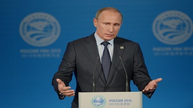 بوتين: الاقتصاد الروسي سيتجاوز الأزمة التي يواجهها