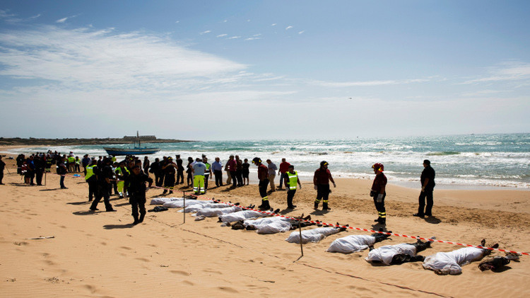 خفر السواحل التونسي ينتشل جثث 28 مهاجرا غير شرعي