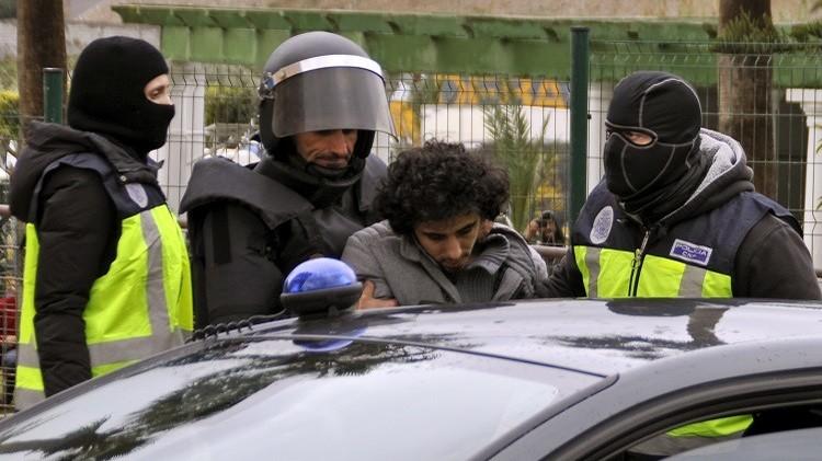 المغرب.. سجن 12 بتهم تتعلق بالإرهاب