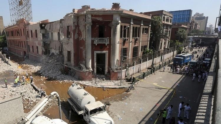 السفارة الإيطالية بالقاهرة تعلق خدماتها بشكل مؤقت عقب الانفجار