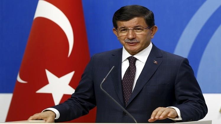 داود أوغلو يدافع عن أردوغان مع انطلاق محادثات تشكيل حكومة ائتلافية