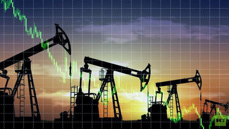 أسعار النفط تنخفض بعد توصل إيران والسداسية إلى اتفاق نووي