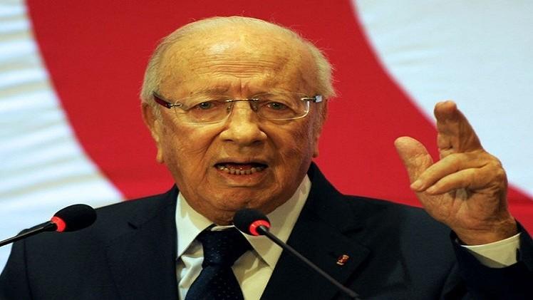 السبسي يقدم مشروع المصالحة الوطنية قبل عرضه على البرلمان