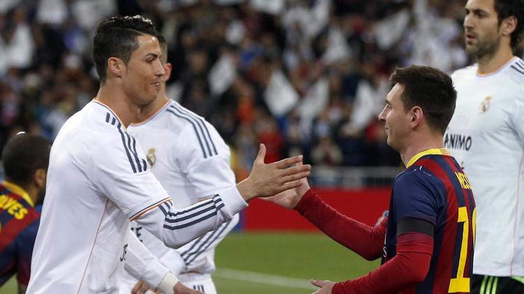 رونالدو يقارع ثلاثي برشلونة المرعب على جائزة أفضل لاعب في أوروبا