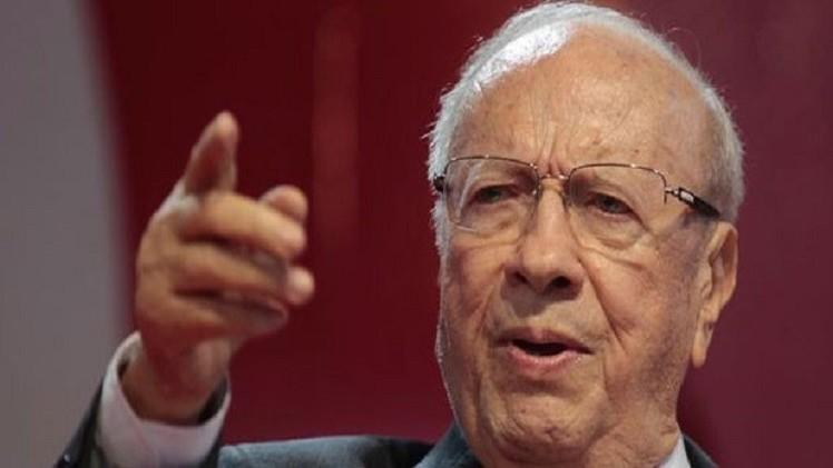 السبسي ينفي نية واشنطن إقامة قاعدة عسكرية في تونس