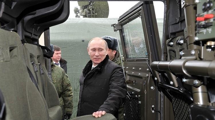 بوتين: صناعة الأسلحة الروسية الحديثة تعزز الدفاع والنمو الاقتصادي على حد سواء