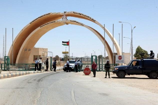 الحكومة العراقية تغلق معابرها الحدودية مع الأردن