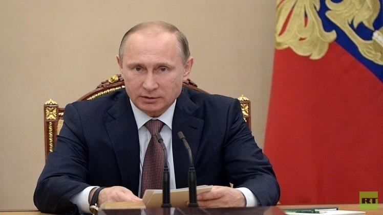 بوتين يهنئ مسلمي روسيا بعيد الفطر المبارك