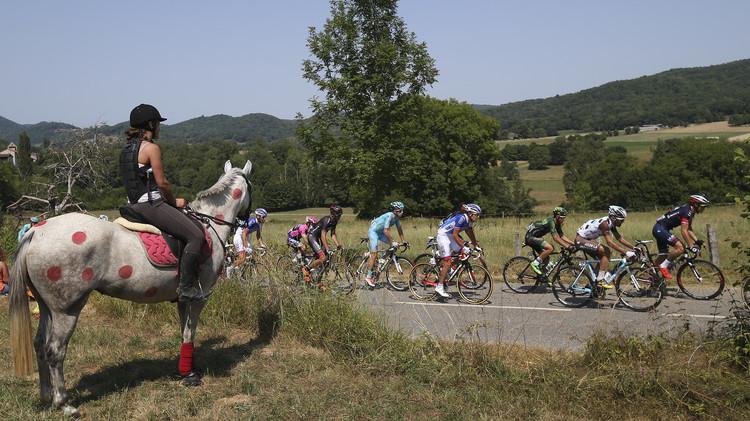 الإسباني رودريغيز بطلا للمرحلة 12 لسباق فرنسا للدراجات