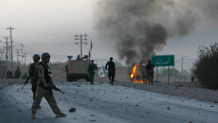 مقتل 7 أشخاص بينهم 4 من قوات الأمن بانفجارين في أفغانستان