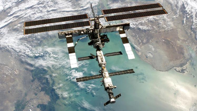 رواد المحطة الفضائية الدولية يغادرونها خوفا من حطام فضائي