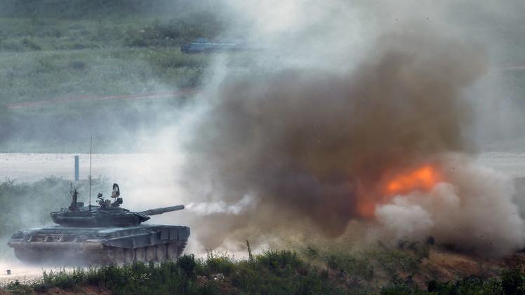 تدريبات ليلية لقادة الدبابات في وسط روسيا