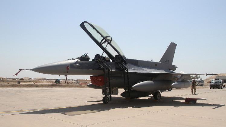قتلى باشتباكات في الفلوجة وإف 16 العراقية تشن أولى غاراتها على داعش