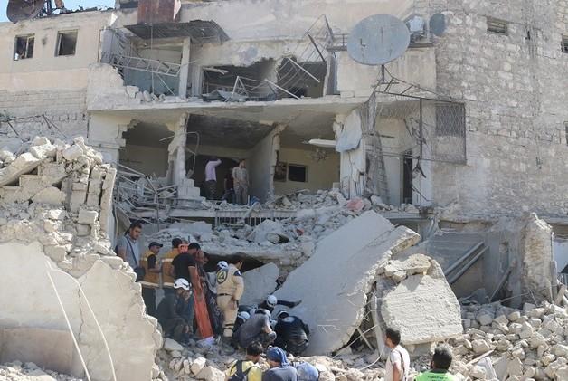 نحو 20 قتيلا بقصف على حلب والجيش يعلن السيطرة على سهل الزبداني