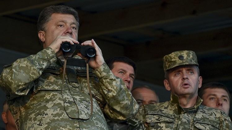 بوروشينكو يؤكد اهتمامه بتوسيع تعاون كييف مع الناتو