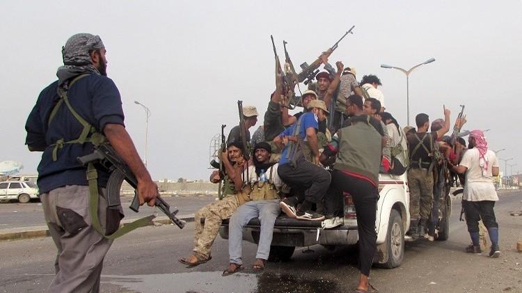 اشتباكات في تعز وقصف لمواقع الحوثيين في مأرب وصنعاء