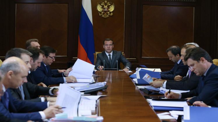 الحكومة الروسية: مدفيديف لا يحتاج لتوصيات بشأن زياراته