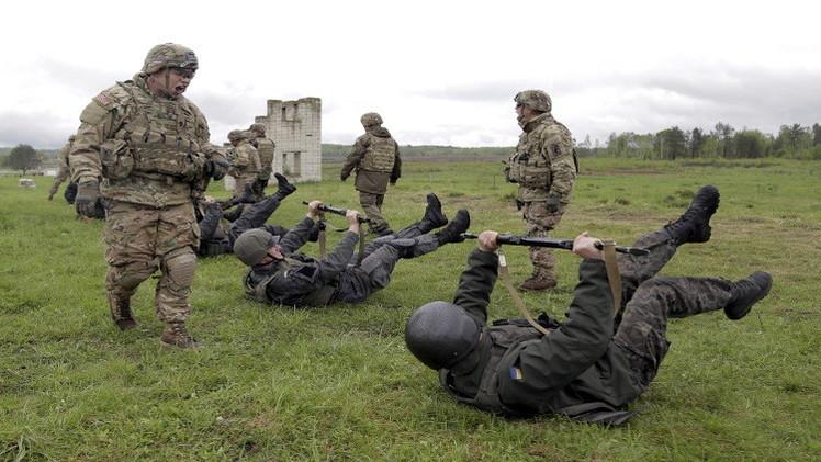 350 عسكريا أمريكيا سيدربون 6 كتائب أوكرانية