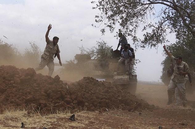 المعارضة السورية تكثف هجماتها على الجيش في درعا