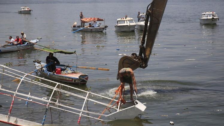 النيابة العامة المصرية: ارتفاع عدد ضحايا غرق المركب في النيل إلى 38