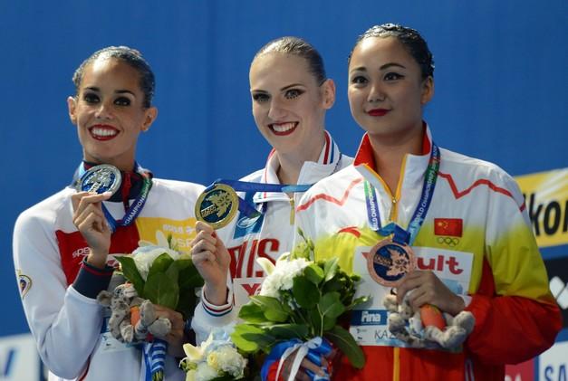 روماشينا تمنح روسيا باكورة ميدالياتها في كأس العالم للألعاب المائية