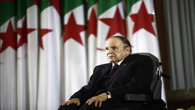 الجزائر.. بوتفليقة يغير قادة 3 أجهزة أمنية