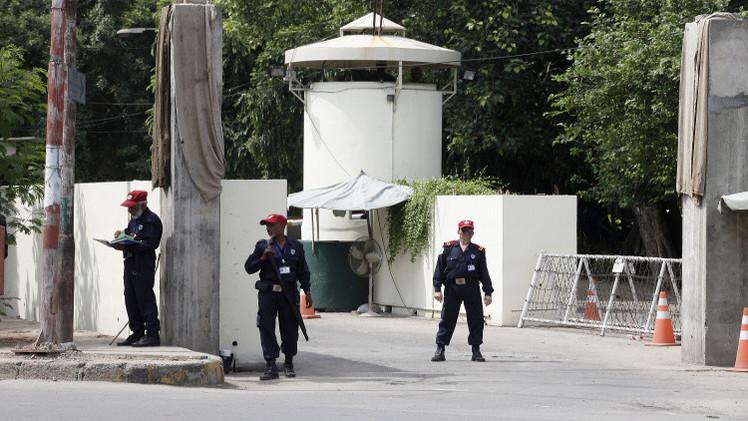 مقتل أحد حراس السفارة الأمريكية في باكستان