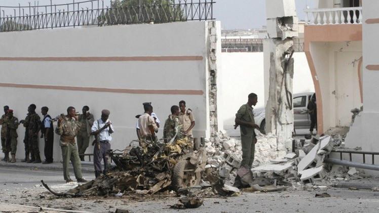 الصومال.. 15 قتيلا بتفجير في مقديشو
