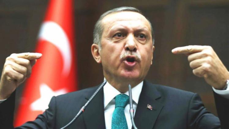 أردوغان بدأ يحارب على جبهتين