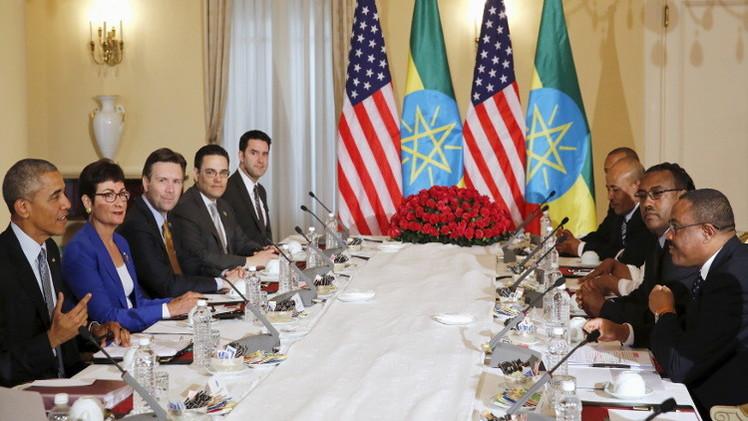 أوباما يتعهد بمواصلة الضغط على حركة الشباب الصومالية