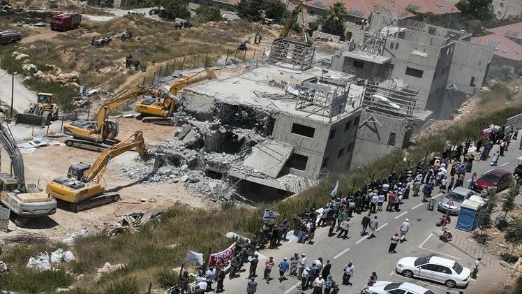 واشنطن وبروكسل تنتقدان قرار إسرائيل بناء 300 وحدة سكنية في الضفة والقدس
