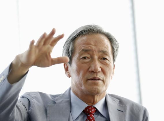 الكوري الجنوبي تشونغ يعلن نيته الترشح لرئاسة الفيفا