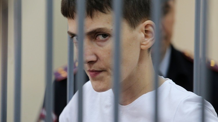 روسيا.. بدء محاكمة الطيارة الأوكرانية سافتشينكو بتهمة قتل صحفيين روسيين