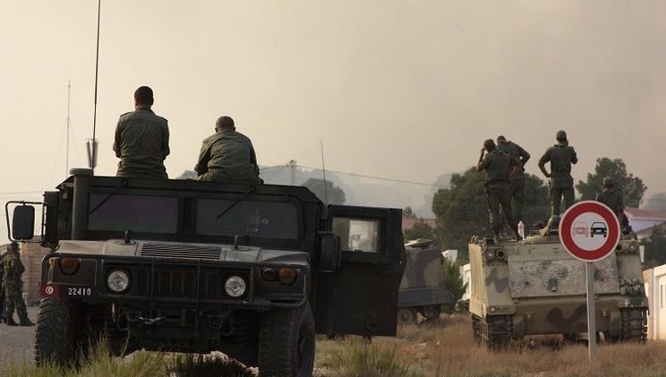 تونس.. إصابة 3 جنود بانفجار لغم في جبل سمامة التابعة للقصرين