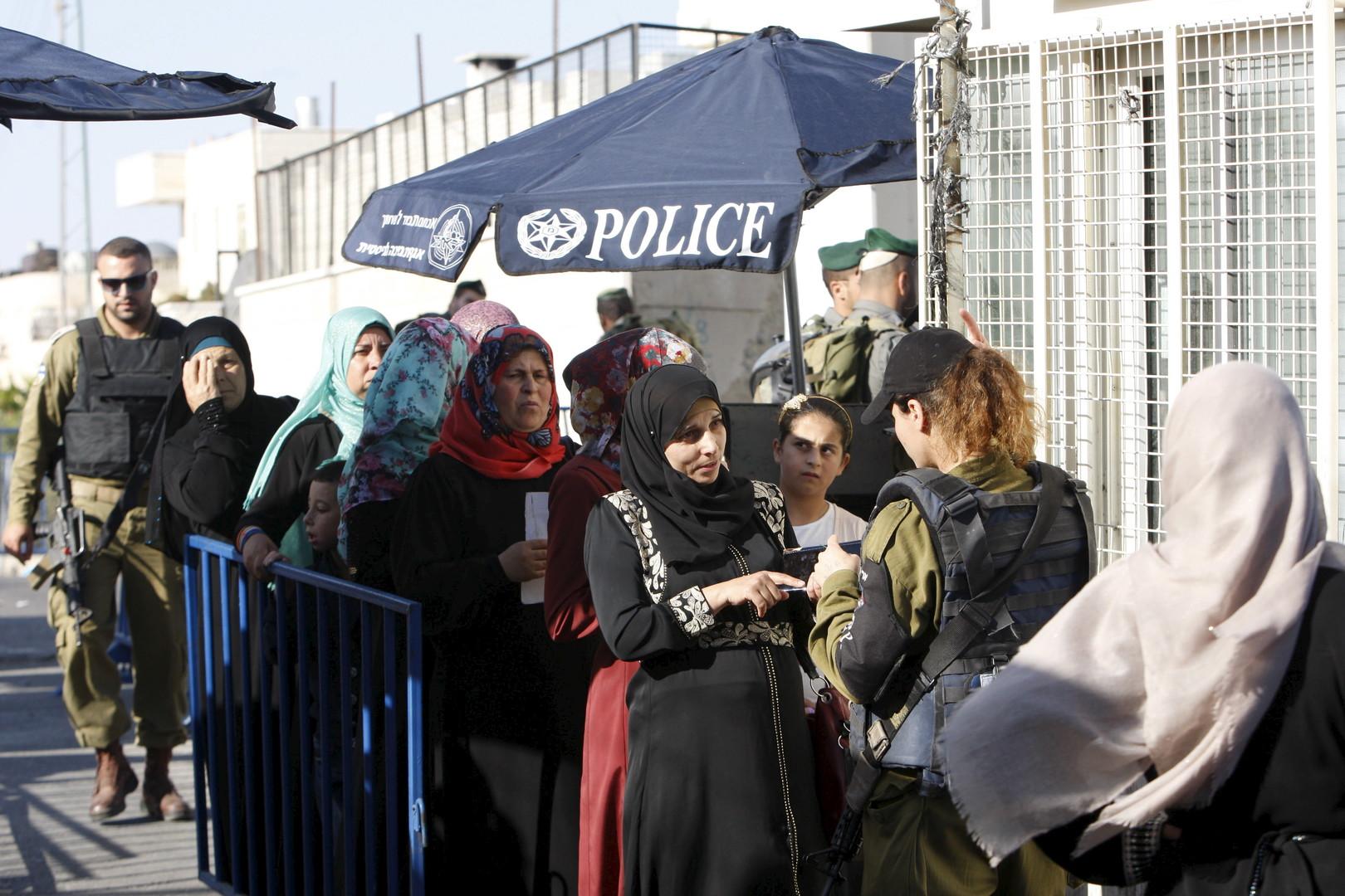 رغم القيود الإسرائيلية.. الأقصى يستقبل الآلاف في ثالث جمعة رمضانية