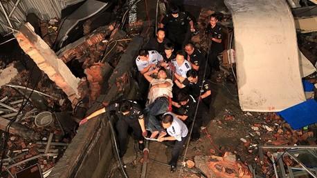 مقتل 11 شخصا في انهيار مصنع للأحذية شرق الصين