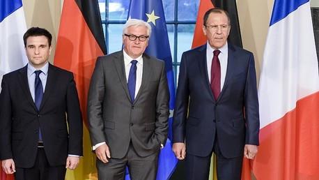 وزراء خارجية روسيا وألمانيا وأوكرانيا