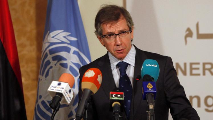 ليبيا.. مباحثات للتسوية في الجزائر وصدامات مع