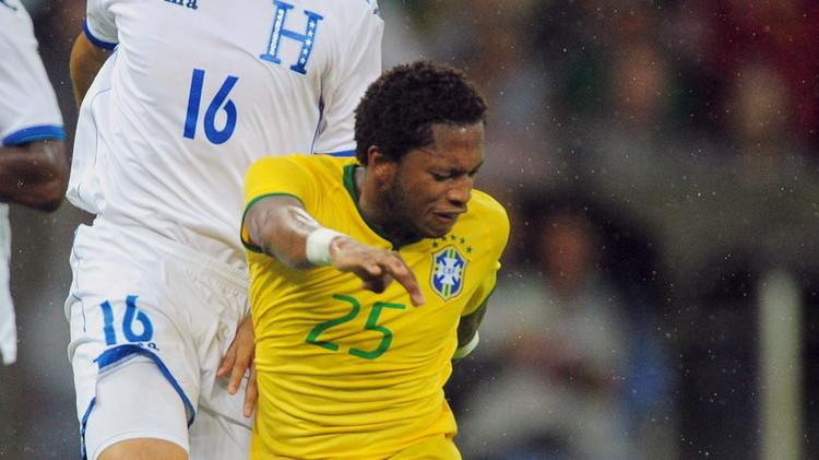 مهاجم البرازيل فريد يواجه تهمة تعاطي المنشطات
