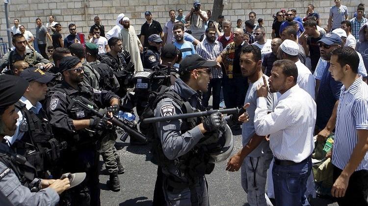 رئيس جهاز المخابرات الإسرائيلي يقتحم المسجد الأقصى