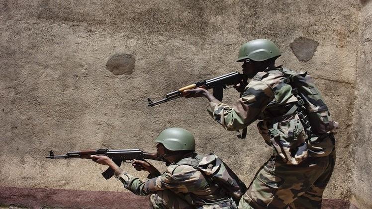 مالي.. مقتل جنديين  في كمين قرب الحدود مع موريتانيا