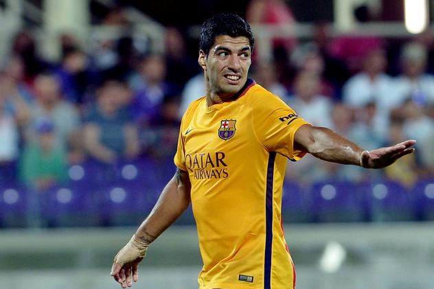 (فيديو) فيورنتينا يلحق ببرشلونة الهزيمة الثالثة على التوالي في استعدادات الموسم
