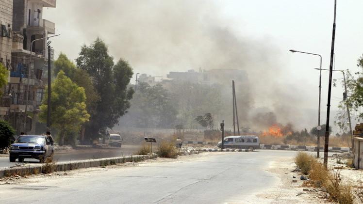 قذائف تستهدف دمشق واشتباكات في ريفها