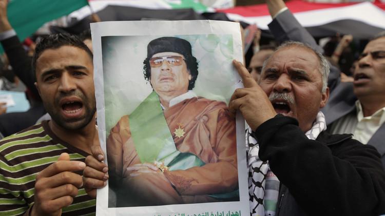 لأول مرة في بنغازي.. مظاهرة لأنصار القذافي