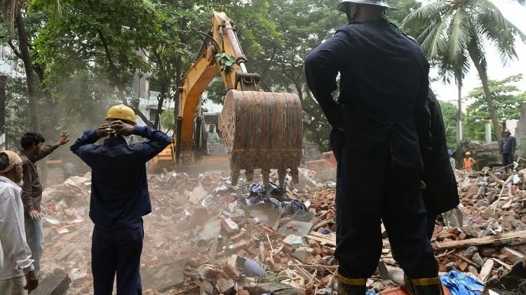 مقتل 11 شخصا بانهيار مبنى في غينيا بيساو