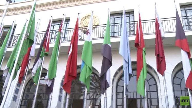 لجنة مبادرة السلام العربية تجتمع في مصر