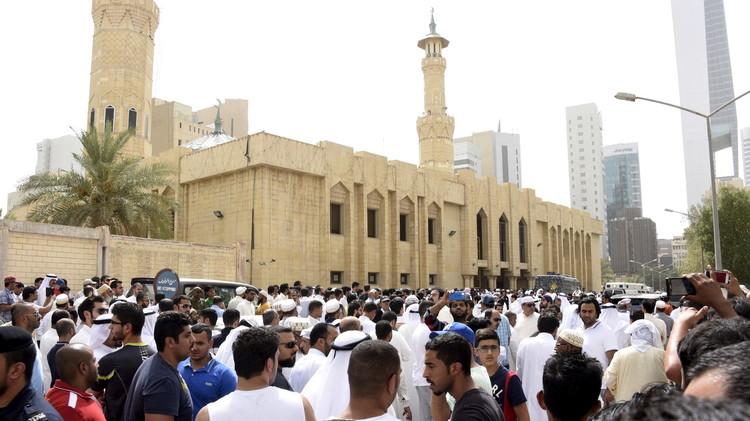 الكويت.. إطلاق سراح 11 من أصل 29 متهما بتفجير مسجد الصادق