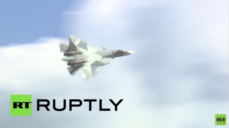 بالفيديو.. الجيل الخامس من المقاتلات الروسية يدهش زوار معرض Aviadarts-2015