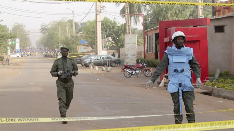 انتهاء عملية احتجاز الرهائن في مالي بمقتل 12 شخصا