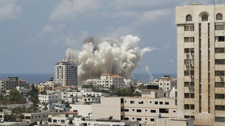 4 جرحى بقصف إسرائيلي على قطاع غزة (صور)